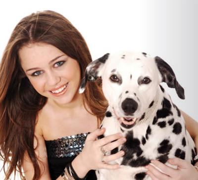 miley a její pes.jpg